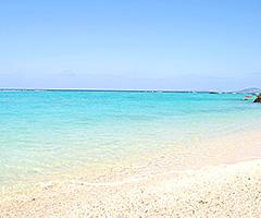 恩納村の天然ビーチ