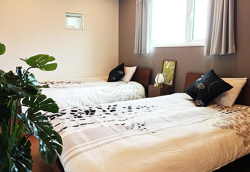 沖縄 1棟貸切り 宿泊 寝室