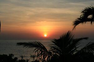 沖縄の夕日写真